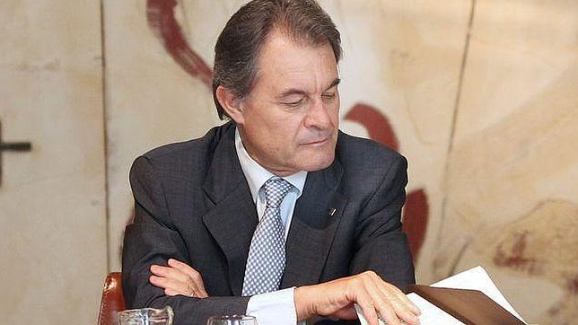 La Generalitat se gasta 28.000 euros en un libro para reivindicar una parte de Aragón
