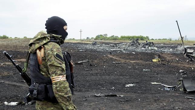 Ucrania acusa a Putín: «Un avión no puede ser derribado por un grupo de gorilas borrachos»