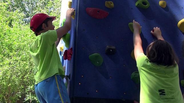 Aficionar a los niños al deporte a través de campamentos deportivos