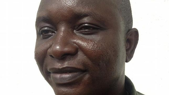 El médico jefe de la lucha contra el ébola en Sierra Leona se contagia del virus