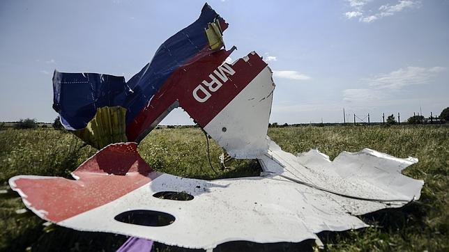 Nuevos combates en el este de Ucrania dificultan la investigación sobre el avión derribado