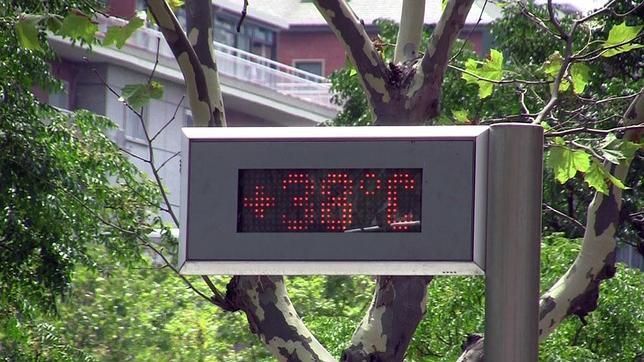 Aemet: «Los termómetros callejeros no deberían existir, engañan a la población»