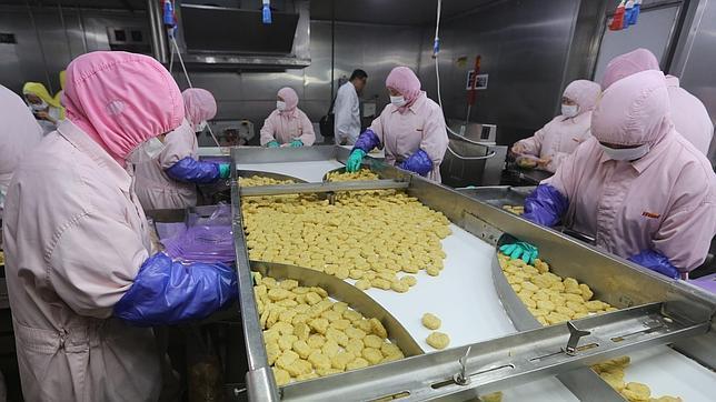 El escándalo de la carne podrida en China se extiende a otros establecimientos