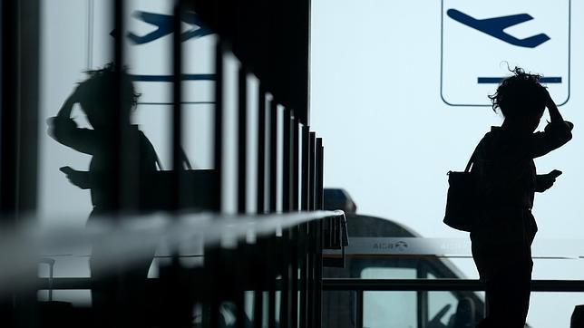 En los vuelos directos a EE.UU. se exige que los móviles puedan encenderse