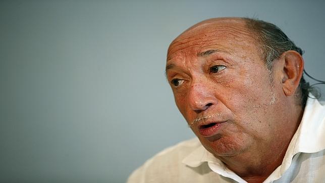 Francis Montesinos cierra su tienda de Valencia por las acusaciones de abuso de menores