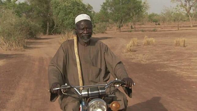 La increíble historia de Yacouba Sawadogo, el hombre que detuvo el avance del desierto