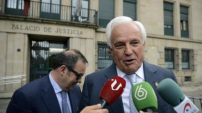 El expresidente de la Diputación de Orense, a su salida del Pazo de Xustiza