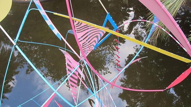 «Forest Spirit», de la española Labuenaylamala, sobre el lago del parque Antonio Borges