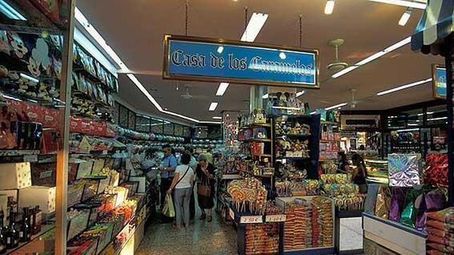 Diez comercios curiosos en valencia - Casas de disfraces en valencia ...