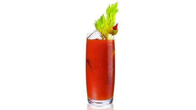Los diez c cteles m s refrescantes del verano for Coctel bloody mary