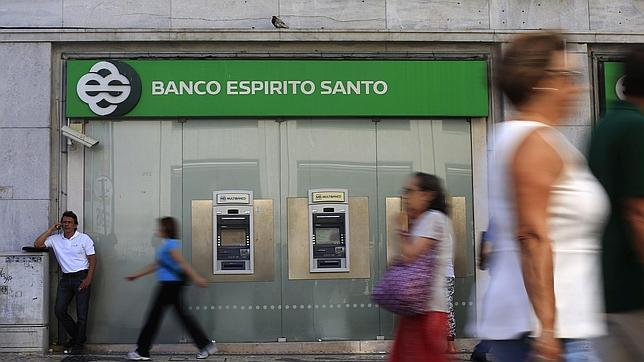 novo banco garantiza los ahorros de espa oles en el