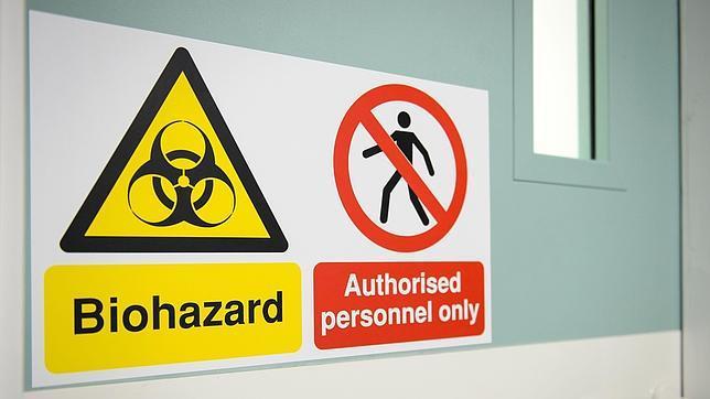 ¿Hay peligro por la llegada del ébola a España?