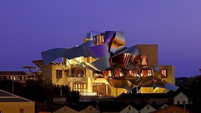 La rioja tierra de vino y arquitectura for Hotel marques de riscal