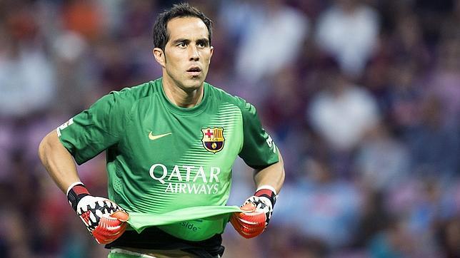 El error de Bravo abre el debate sobre la portería del Barça
