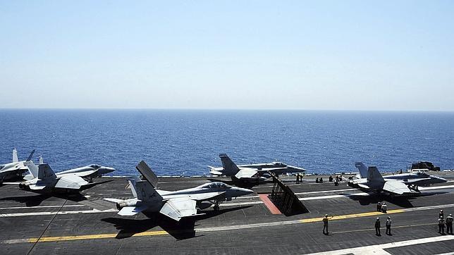 EE.UU. realiza cuatro nuevos bombardeos contra el Estado Islámico cerca de Sinyar
