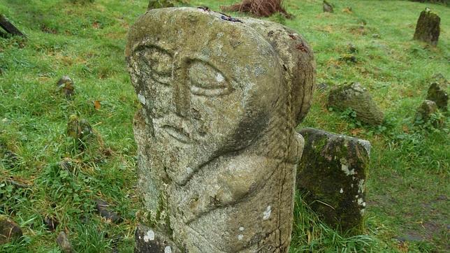 La misteriosa y abandonada escultura celta de Jano, en Boa Island