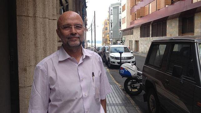 Tomás Quintana, en una calle de Las Palmas de Gran Canaria