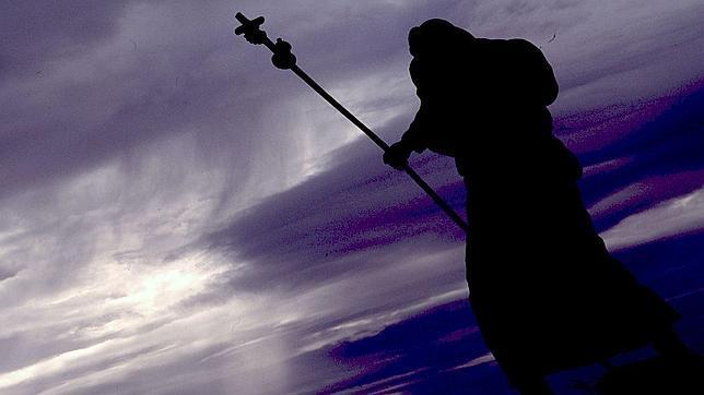 Estatua de un peregrino en O'Cebreiro
