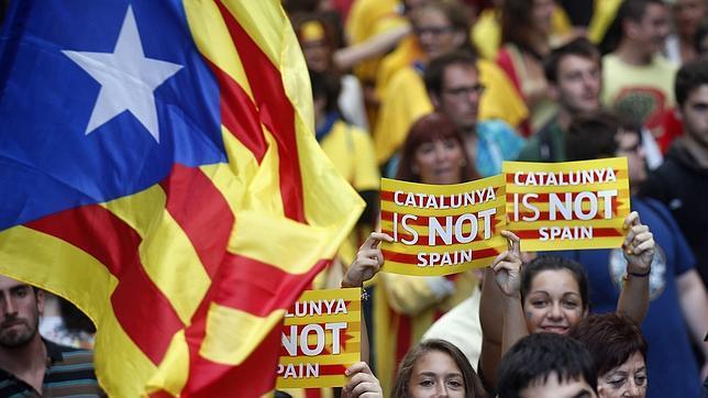 Seis obstáculos a la consulta independentista en Cataluña