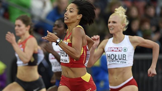 Indira Terrero en la semifinal de 400m del Europeo de Zúrich