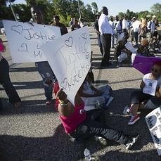 EE.UU. revive el fantasma de la tensión racial con nuevos disturbios en Misuri