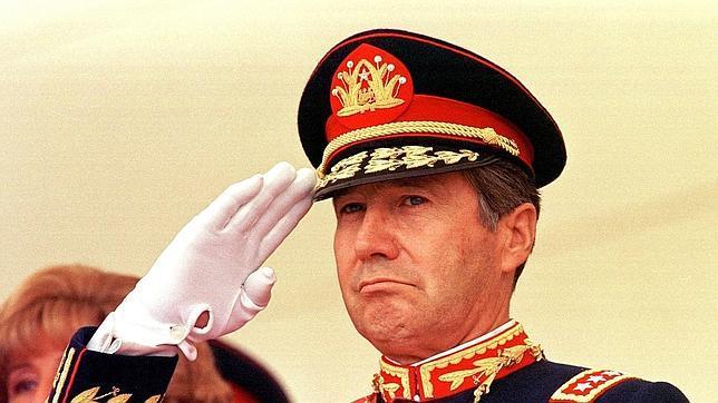 Ricardo Izurieta en una imagen de archivo de 1998
