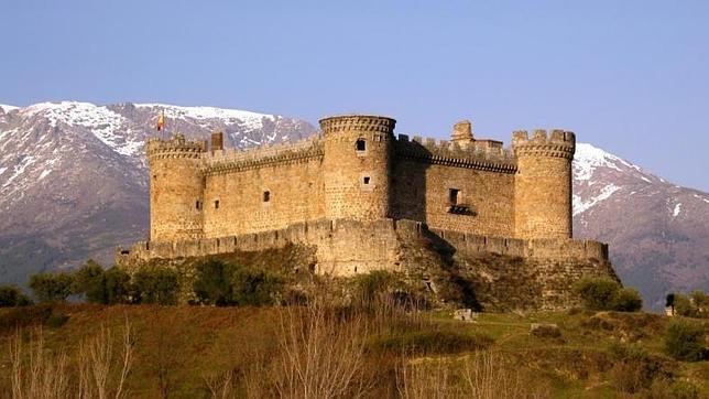 Vista espectacular del Castillo de Mombeltrán