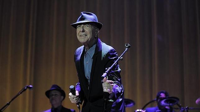 Leonard Cohen, en el concierto que ofreció en el Palau Sant Jordi de Barcelona (2012)