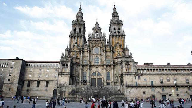 La plaza del Obradoiro, con la catedral de Santiago al fondo