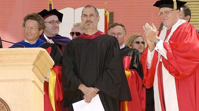 Steve Jobs en el momento en el que pronunció su célebre discurso en Stanford en 2005