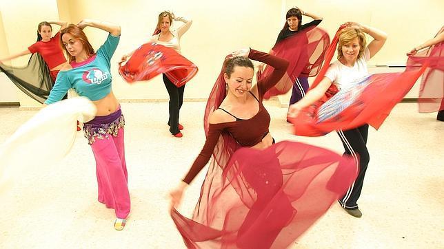 Imagen de archivo de clases de danza del vientre