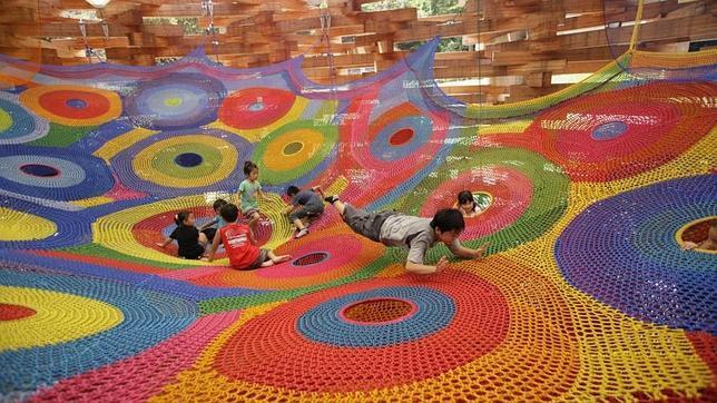 Los parques infantiles más extraordinarios del mundo: hechos a ganchillo