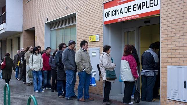 La comunidad dar 80 millones para la formaci n y for Oficinas de registro de la comunidad de madrid