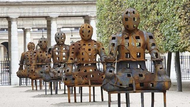 Imagen de los «guardianes» creados por Xavier Mascaró