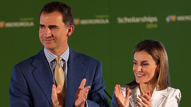 Sus Majestades los Reyes de España