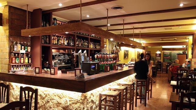 Diez bares low cost para disfrutar de un buen ambiente a - La casa de la madera valencia ...