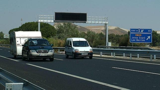 Permite calcular la huella energética del flujo de tráfico que circula por una autopista bajo unas condiciones de tráfico determinadas