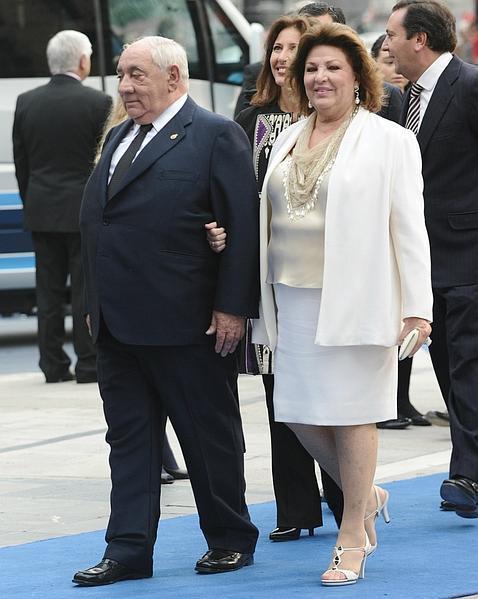 Isidoro Álvarez junto a su esposa, María José Guil