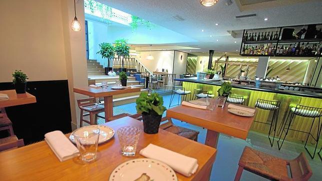 El mismo menú se disfruta más en un restaurante que en el comedor ...