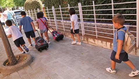 Hasta una hora caminaban para llegar a la escuela, ahora