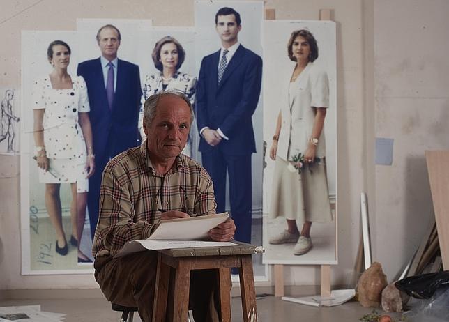 Antonio López, a comienzos de los 90, cuando empezaba a pintar el retrato de la Familia Real
