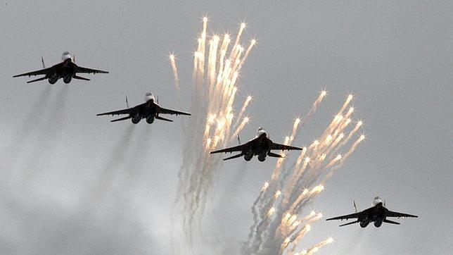 El NORAD de Estados Unidos intercepta seis aviones de guerra rusos cer..