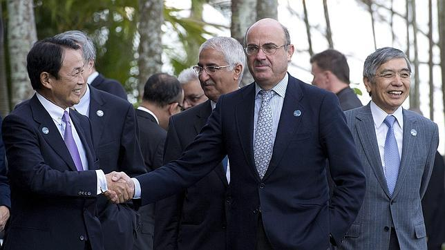 De Guindos: España no es «inmune» a la desaceleración de la eurozo..