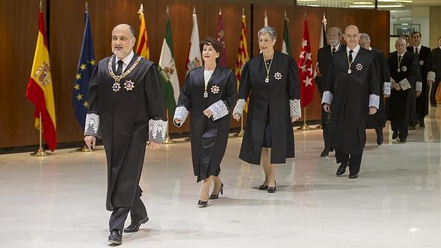 El TC no aceptará la trampa de que el Estatuto catalán regule las co..