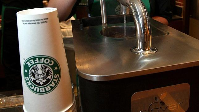 «Starbucks» crea un café con sabor a cerveza