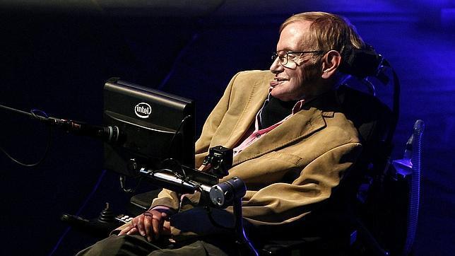 Stephen Hawking durante su conferencia.