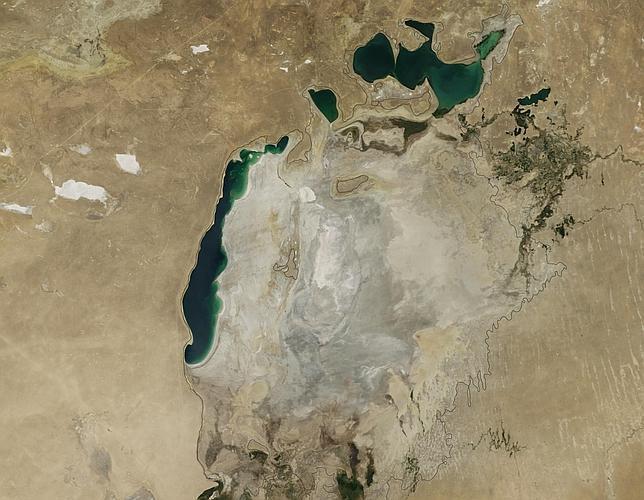 La cuenca oriental del Mar de Aral se seca por completo