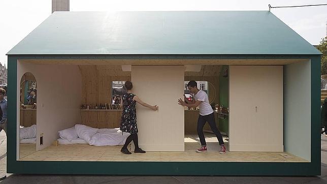 «A place called home», por el colectivo Raw Edges, en plena Trafalgar Square