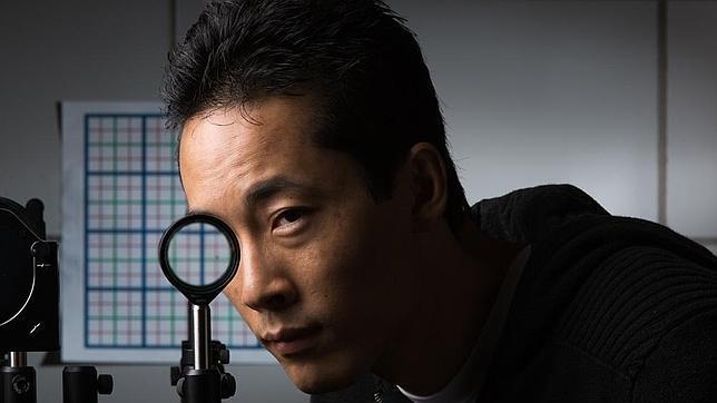 Físicos crean una capa de invisibilidad tan asombrosa como sencilla