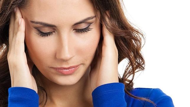 ¿Estás triste y cansado, tienes menos deseo sexual...? Puede que sufras astenia otoñal